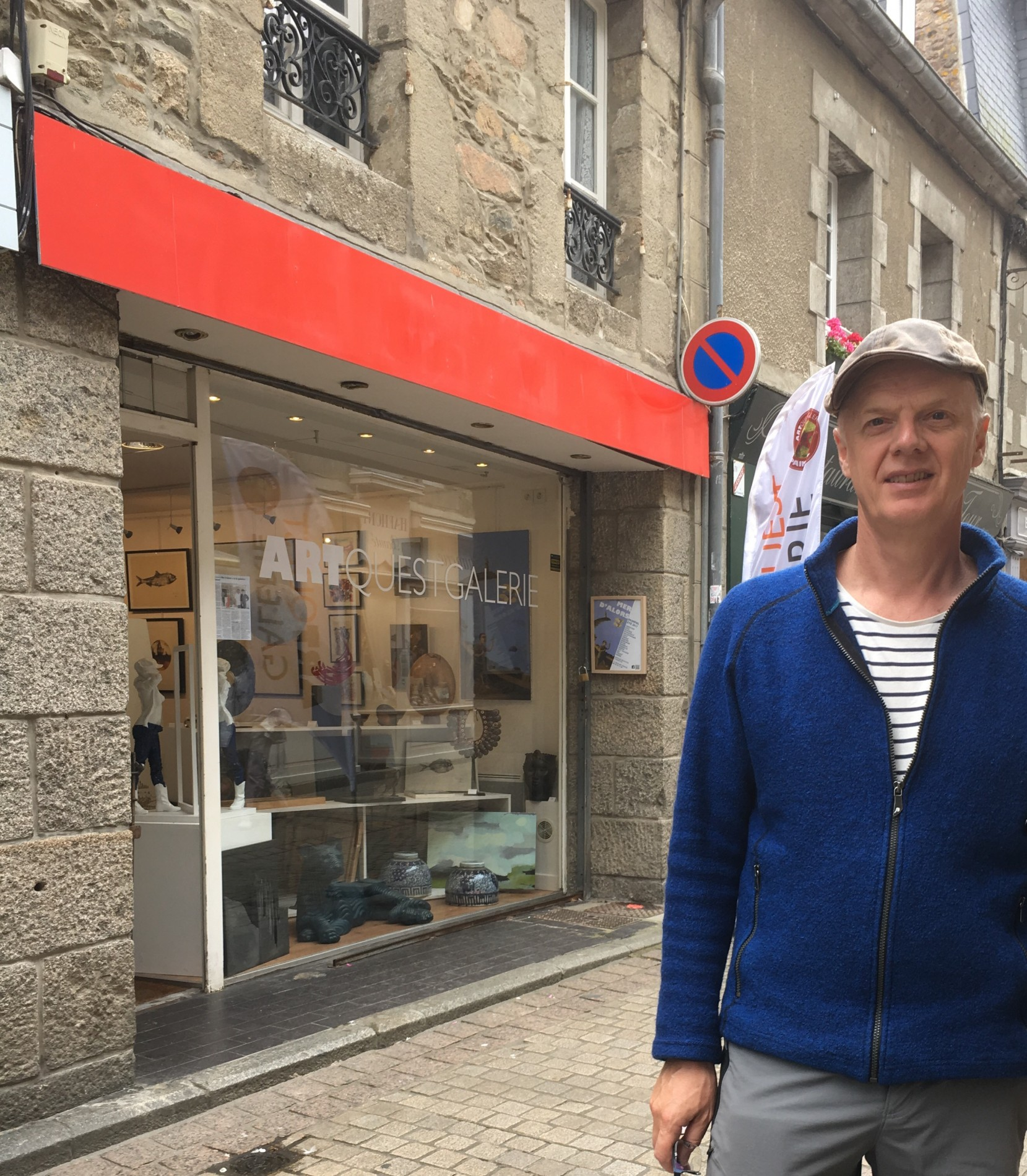 David Meldrum outside ArtQuest, Paimpol.